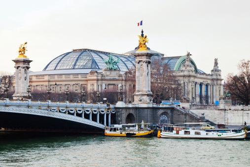 Most Alexandra III. a Velký pařížský palác